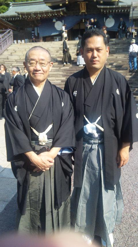 諏訪神社にて